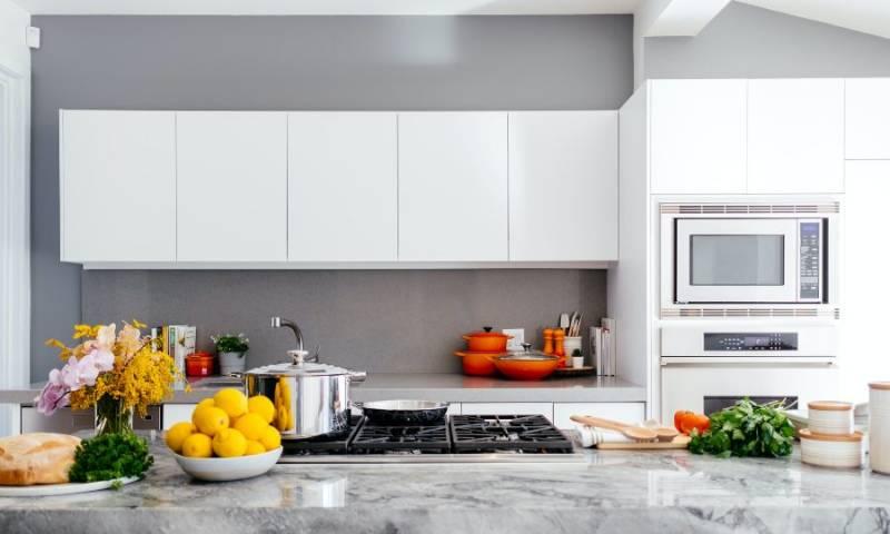 Kuhinjski uređaji koje treba da ima svaka moderna kuhinja
